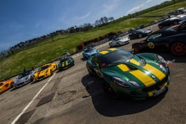 Club Lotus Italia: Reunion on track a Vallelunga