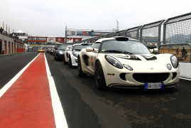 Club Lotus Italia: Hungry For Curbs