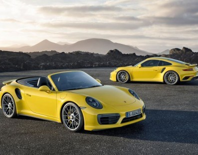 New Porsche 911 Turbo S: Warp Speed Engaged