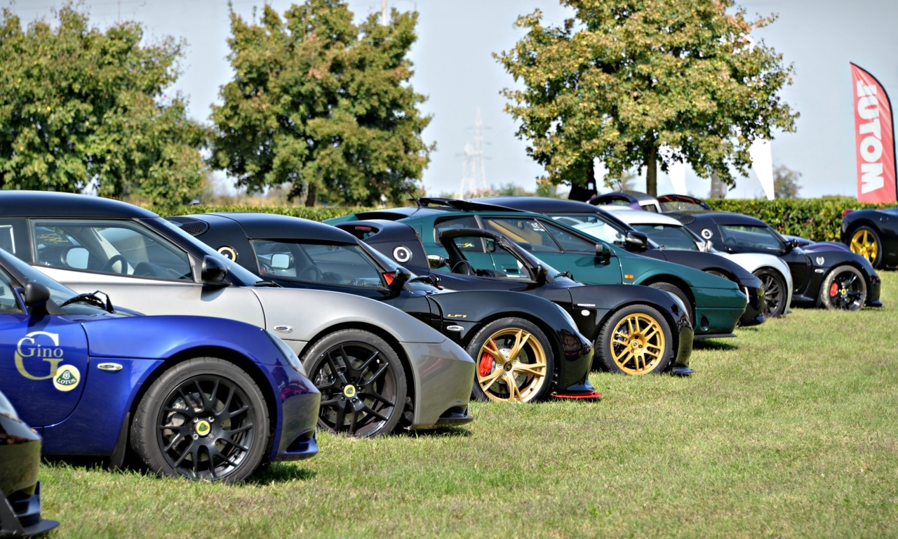 Cars And Coffee Turin Back To Its Roots Auto Class Magazine