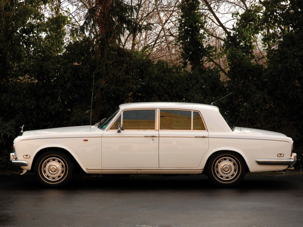rolls royce silver shadow underrated without a cause auto class magazine. Black Bedroom Furniture Sets. Home Design Ideas