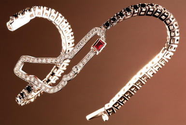 Circuiti Jewels: Where Sport Meets Luxury