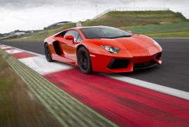 Supercars Shopping – 5 Reasons Why I Hate The Aventador