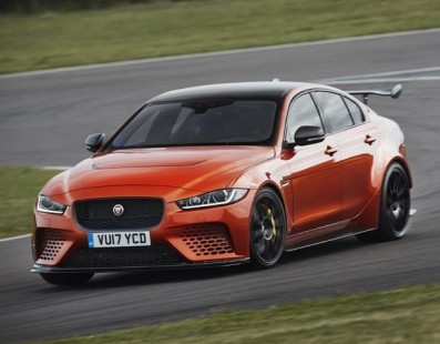 Jaguar XE SV Project 8: 300 Units, 590Hp, €170.000