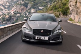 Jaguar XJR575: The Darkest Side