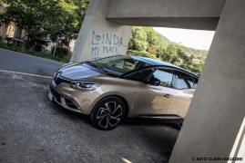 Renault Scenic Bose: Turn Up The Volume