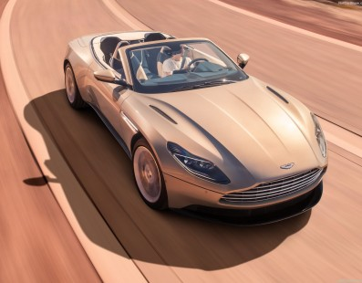 Aston Martin DB11 Volante: Goddess of Beauty Loses the Roof and Fits a 503HP Twin-Turbo V8