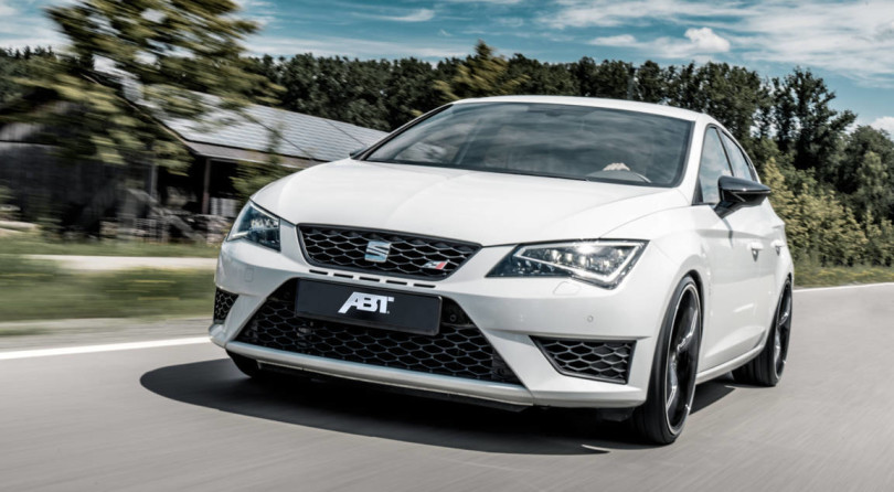 """""""Leon King"""": ABT Puts 370 HP In The Cupra 300 Carbon Edition"""