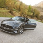 Ford Mustang GT V8 Convertible Auto Class Magazine030