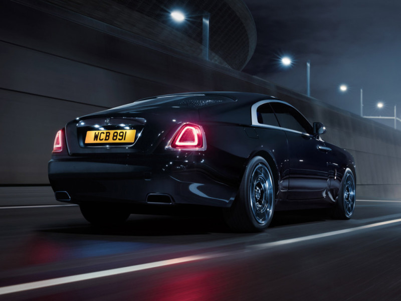 rolls-royce_wraith-black-badge-2016_r6.jpg Auto Class Magazine