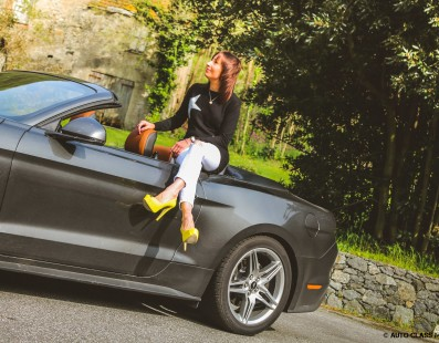 Pink Drivers: Ford Mustang GT V8 Convertible