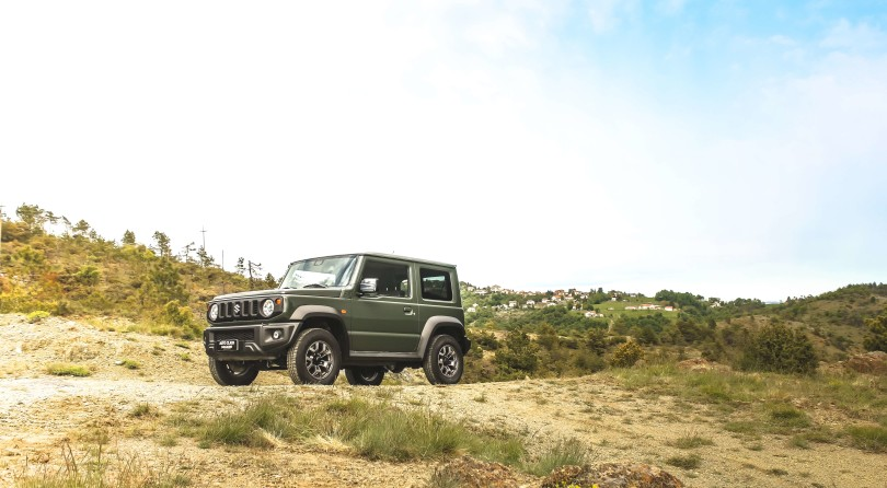 Suzuki Jimny: Far From Discreet Roads