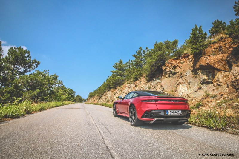 Aston Martin DBS Superleggera Auto Class Magazine _011