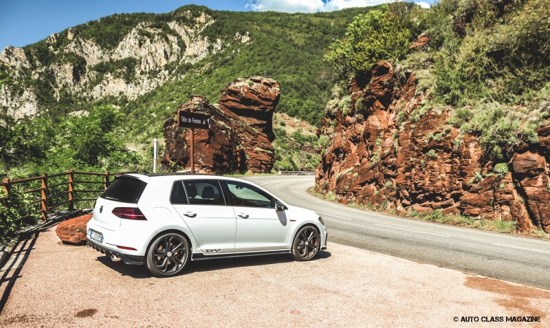 VW Golf GTI TCR Auto Class Magazine _010