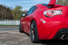 Hundreds of Reasons for Loving the Toyota GT86