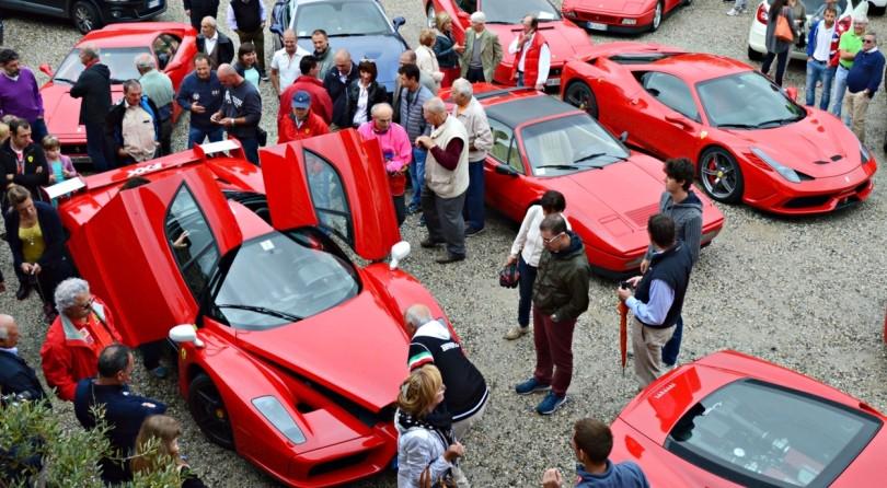 Scuderia Ferrari Club In Raduno Nel Monferrato