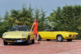 Summer Memories: Alfa Romeo Duetto vs 124 Spider Fiat