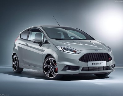 Ford Fiesta ST200: Hot Hatch King Strikes Back