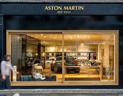 Prossima Tappa: Aston Martin's Experience Center