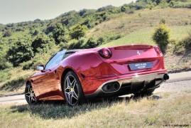 Ferrari California T: Beautiful Italy