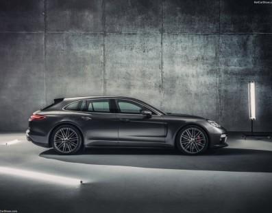 Porsche Panamera Sport Turismo: Balzo Nel Buio