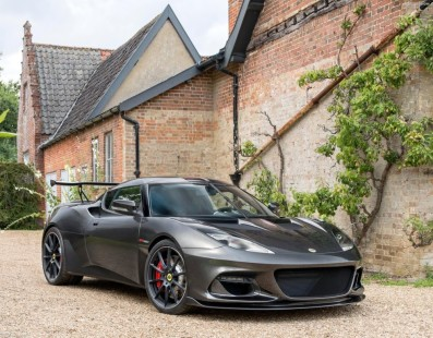 Lotus Evora GT430: Because Downforce