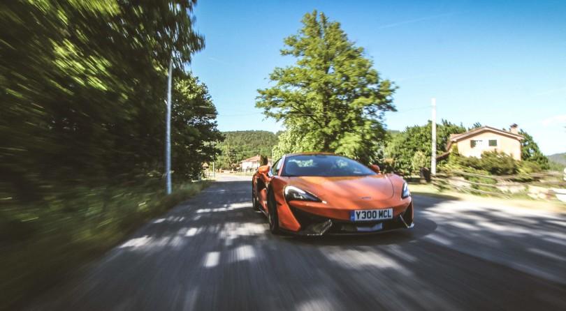 McLaren 570S: Divine