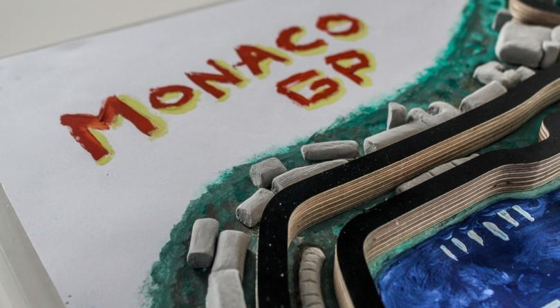 Natale Arriva in Anticipo Con Questo Bassorilievo del Gran Premio di Monaco in Esemplare Unico