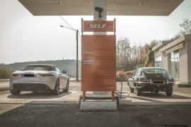 Due Jaguar A Caccia Della Guida Definitiva