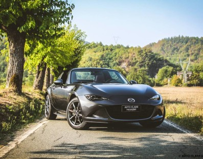 Mazda MX-5 RF: Sacro Divertimento