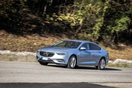 Opel Insignia Grand Sport: Get Out Of The Way!