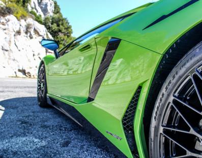 Pirelli P Zero Corsa: When Performance Means Life