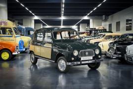 120 Years of Renault – Renault 4 Parisienne (1967)
