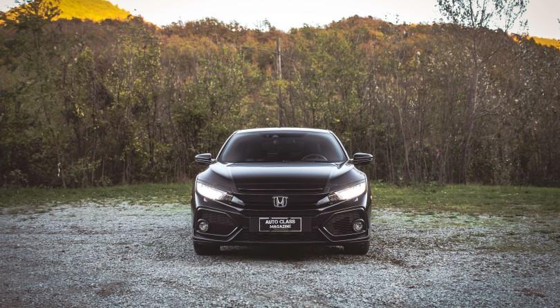 Honda Civic: Edgy Almond Eyes