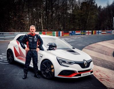 La Renault Megane RS Trophy-R E' La Trazione Anteriore Più Veloce Del Nürburgring