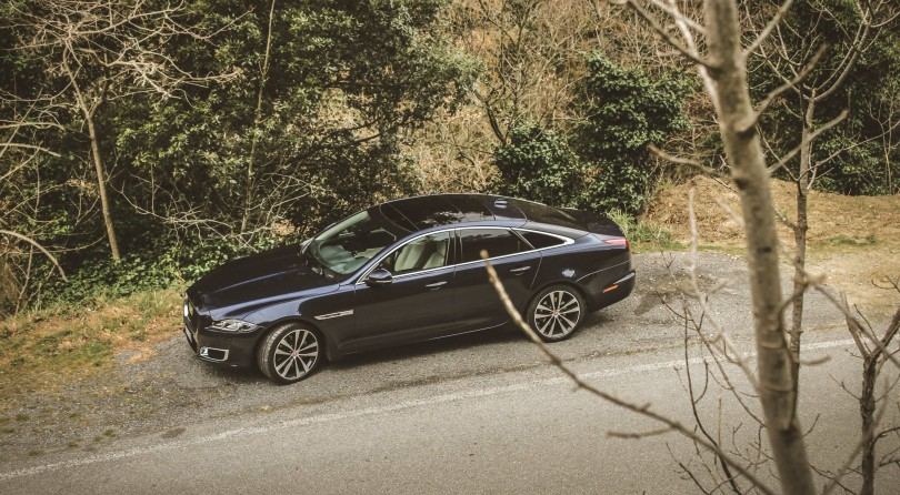 Jaguar XJ50: E' Sempre L'Ora Del Tè
