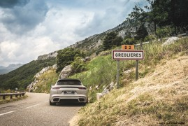Porsche Panamera Sport Turismo Turbo S E-Hybrid: Born To Roam (Fast)