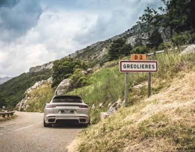 Porsche Panamera Sport Turismo Turbo S E-Hybrid: Nata Per Viaggiare (Veloce)