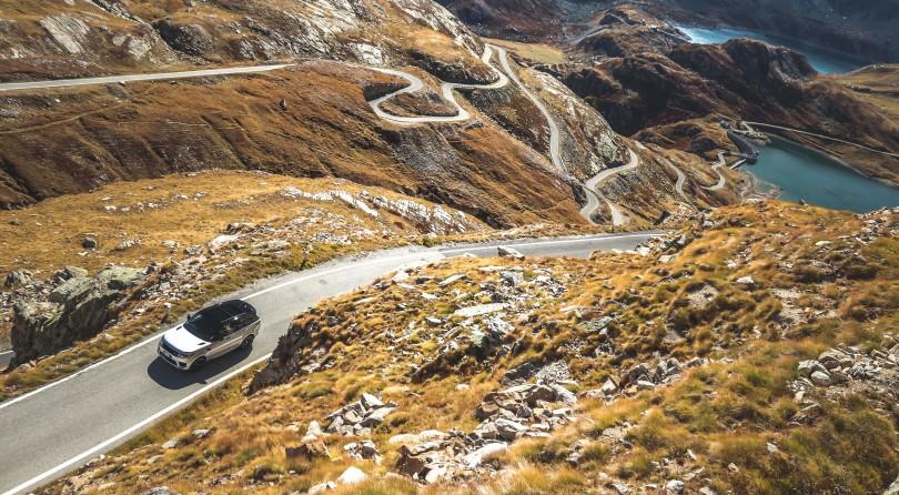 Range Rover Sport HST   Road Trip