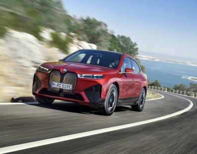 BMW Presenta iX, Il Suo Primo SUV 100% Elettrico | News