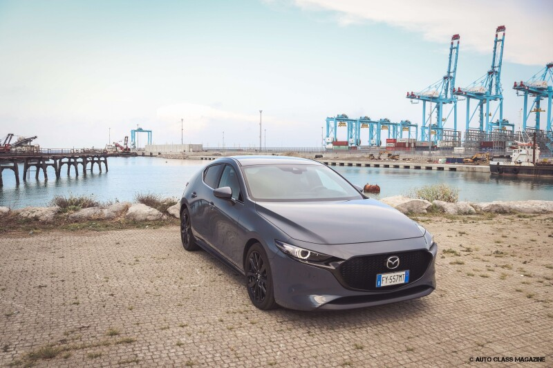 Mazda 3 SKYACTIV-X Auto Class Magazine _006