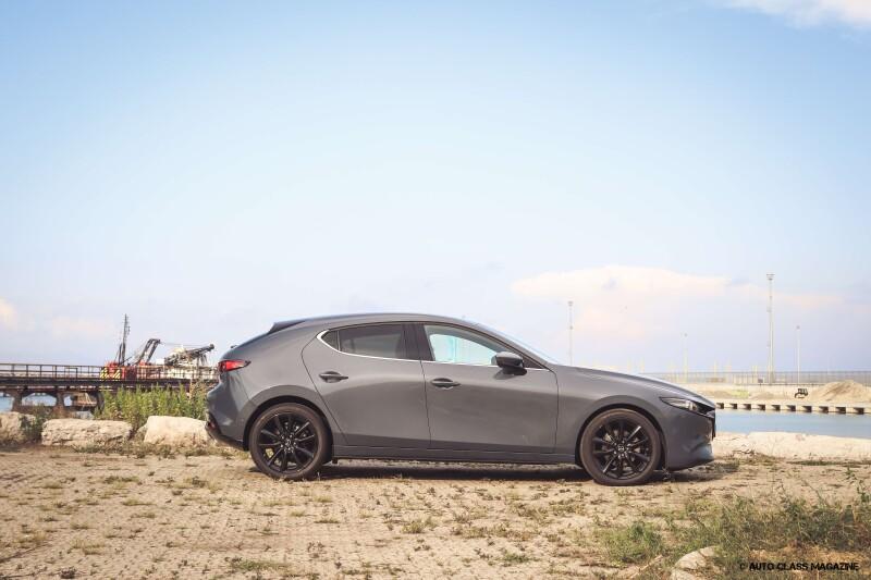 Mazda 3 SKYACTIV-X Auto Class Magazine _009