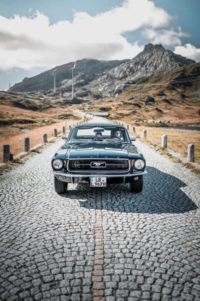 Mustang Emily Luca De Masi Auto Class Magazine Interview _008