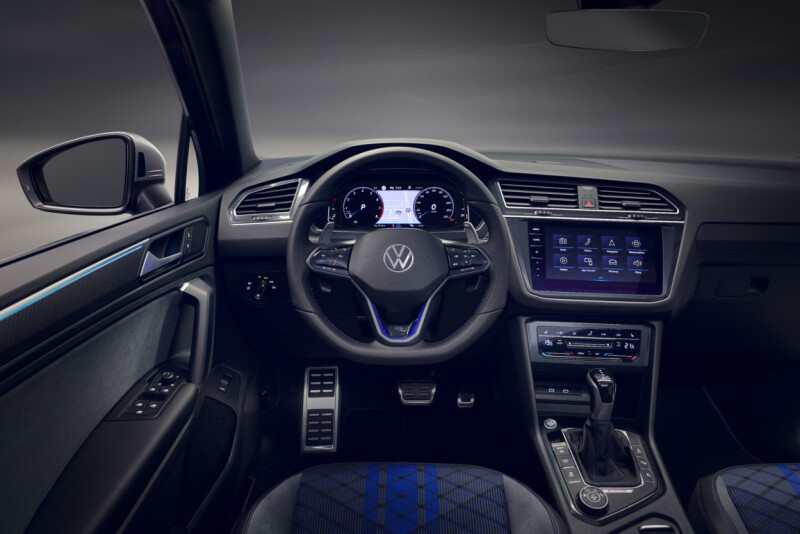 Nuova Tiguan R 2020_DB2020AU01041 Auto Class Magazine VW Tiguan R