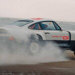 singer-all-terrain-competition-study-porsche-911-safari-beach-smokeAuto Class Magazine