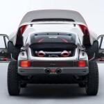singer-all-terrain-competition-study-porsche-911-safari-open-rearAuto Class Magazine