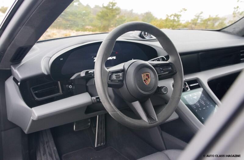Porsche Taycan Turbo Auto Class Magazine _046