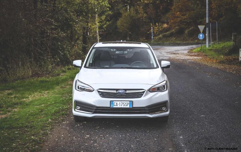 Subaru Impreza e-boxer Auto Class Magazine _002