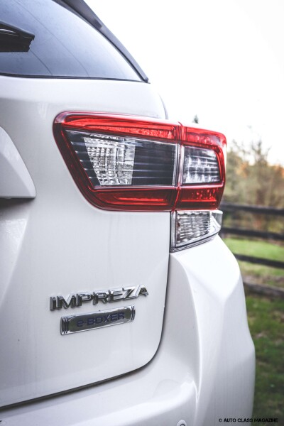 Subaru Impreza e-boxer Auto Class Magazine _005