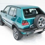 Volkswagen Golf Country Auto Class Magazine _005